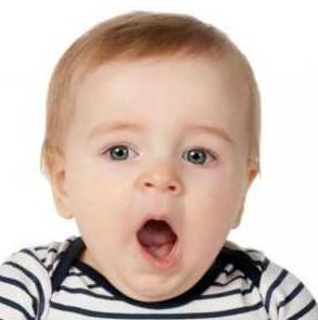 Ребенок с открытым ртом