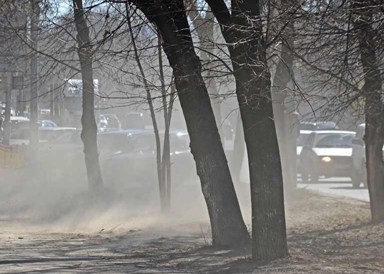 Пыль на улице